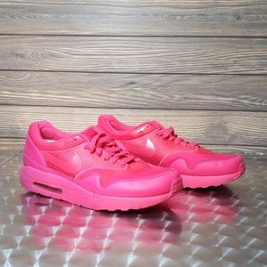 Men's Nike Air Maxim 1 Vivid Pink Sneakers